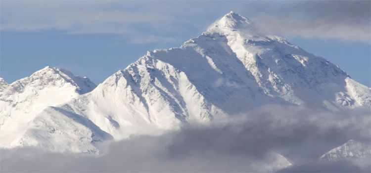 HITH-7-things-you-should-know-about-mount-everest-E