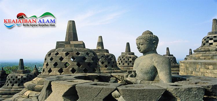 Keajaiban Alam Candi Borobudur