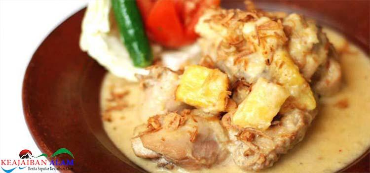 Resep Membuat Opor Ayam Dengan Nanas
