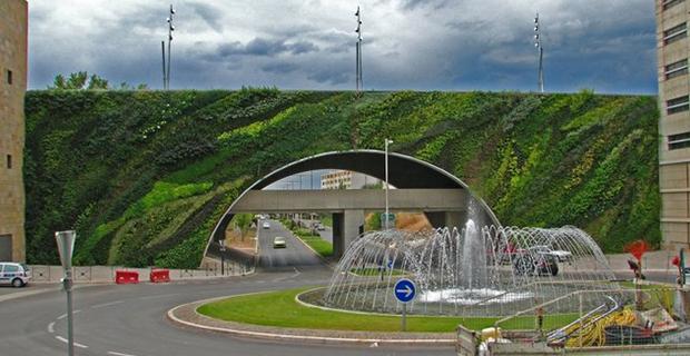 3. Pont Max Juvenal, Prancis