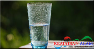 Amankah Meminum Air yang Dibiarkan Selama Semalam?