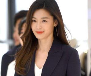 Jun Ji Hyun Bagikan Tips Kecantikannya dan Buktikan Lewat Tubuh Bugar